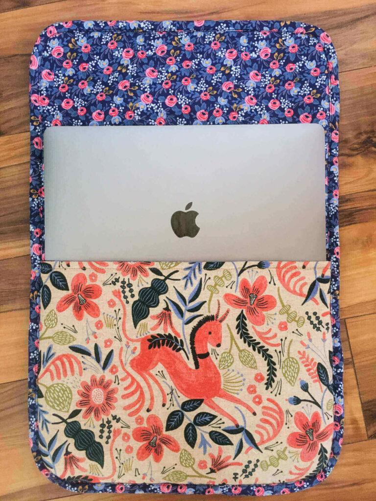 Vibrant laptop sleeve